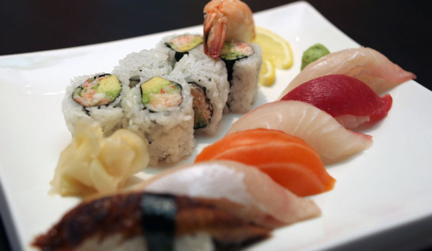 Sushi Combination - Chef's choice of fresh sushi and calfornia roll